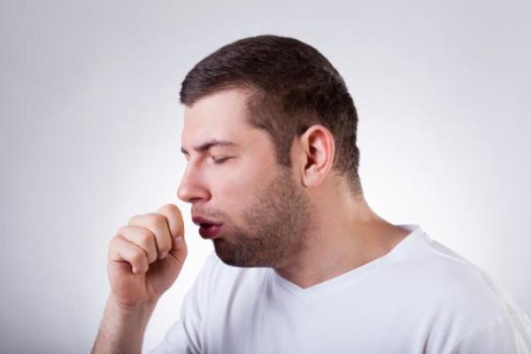 Flema con sangre: ¿Es normal la hemoptisis?