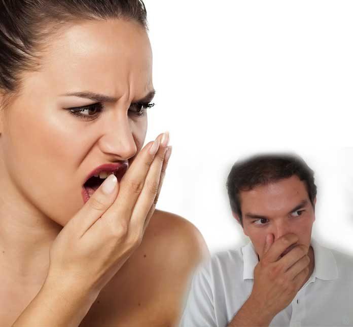 ¿Es normal tener mal aliento ¿Qué lo causa y cómo tratarlo – Halitosis