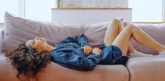 Puede una dieta sin gluten aliviar el dolor de la regla